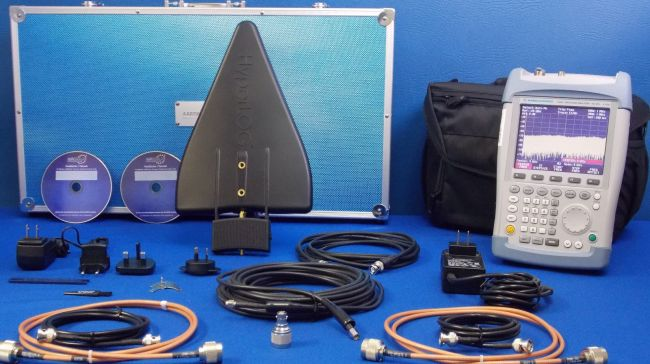 FSH6 package with 7060 X Highend active broadband antennas with high gain (44dBi)